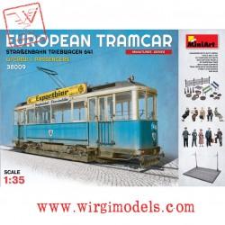 EUROPEAN TRAMCAR w/CREW & PASSENGERS